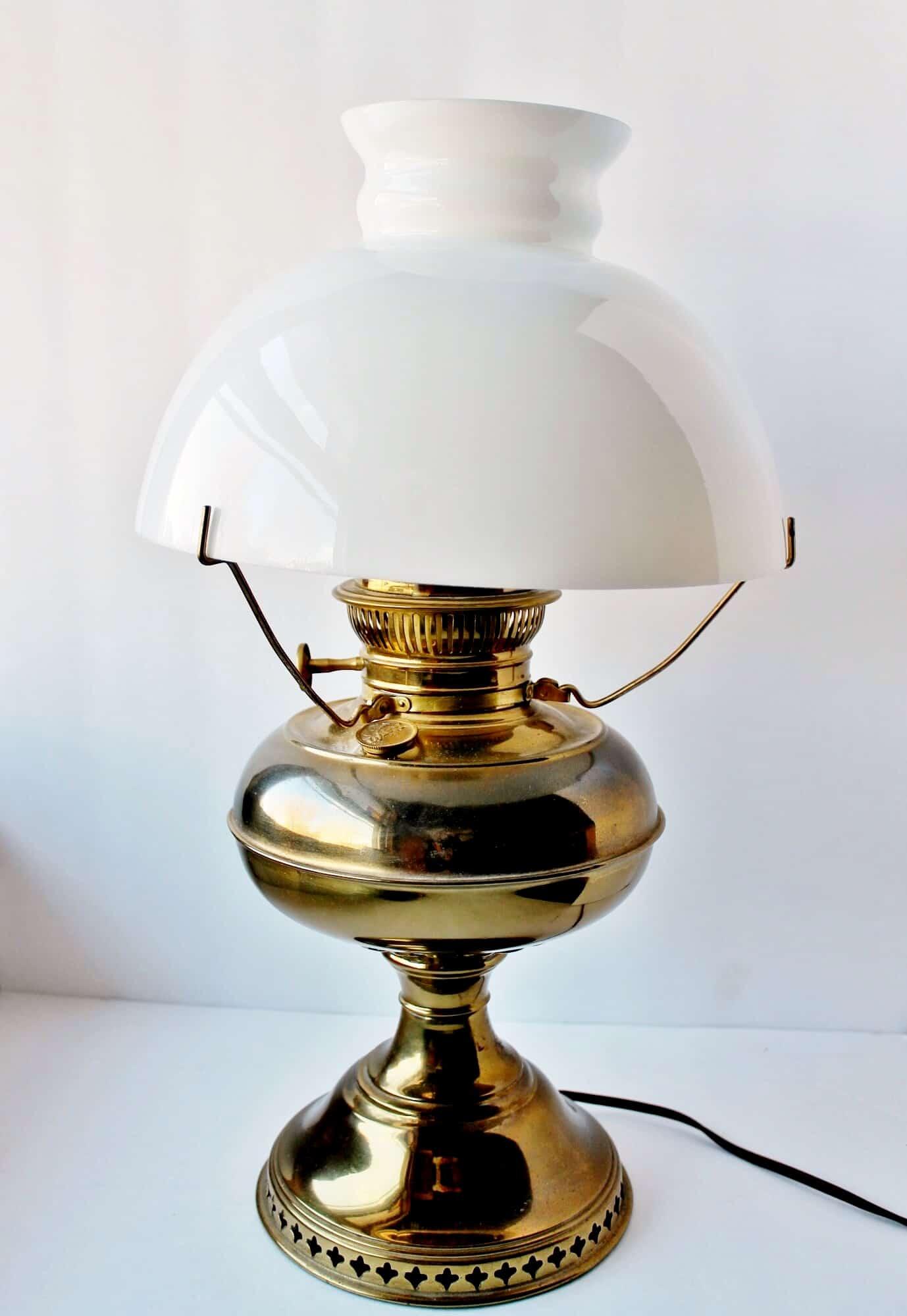 Antique Brass Rayo Lantern