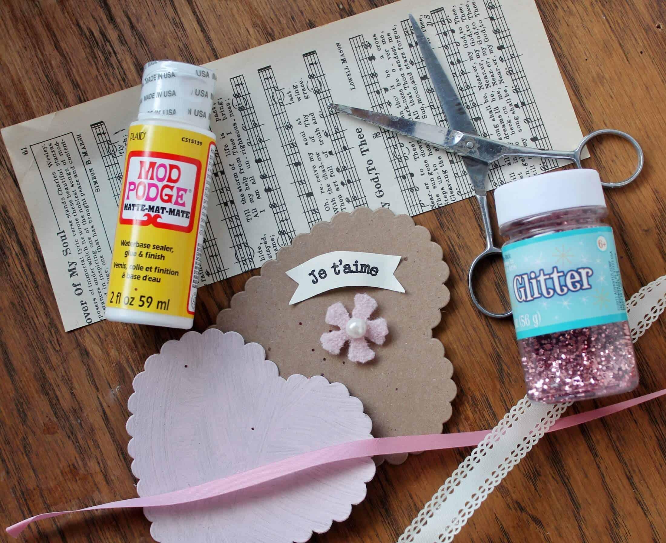 Supplies for Glittery Valentine's