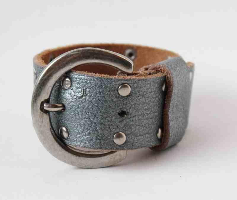 thrifted belt bracelet