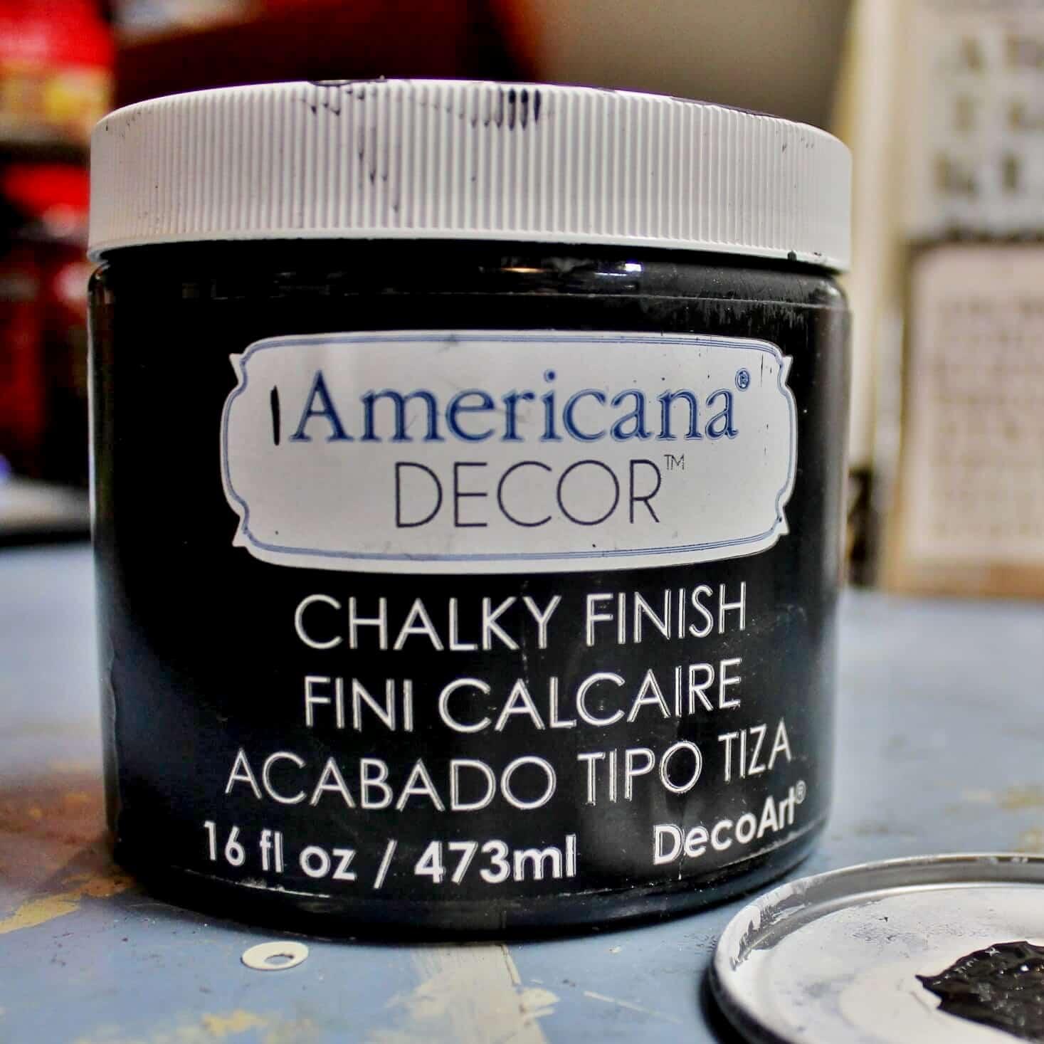 DecoArt Americana Chalk paint in Charcoal