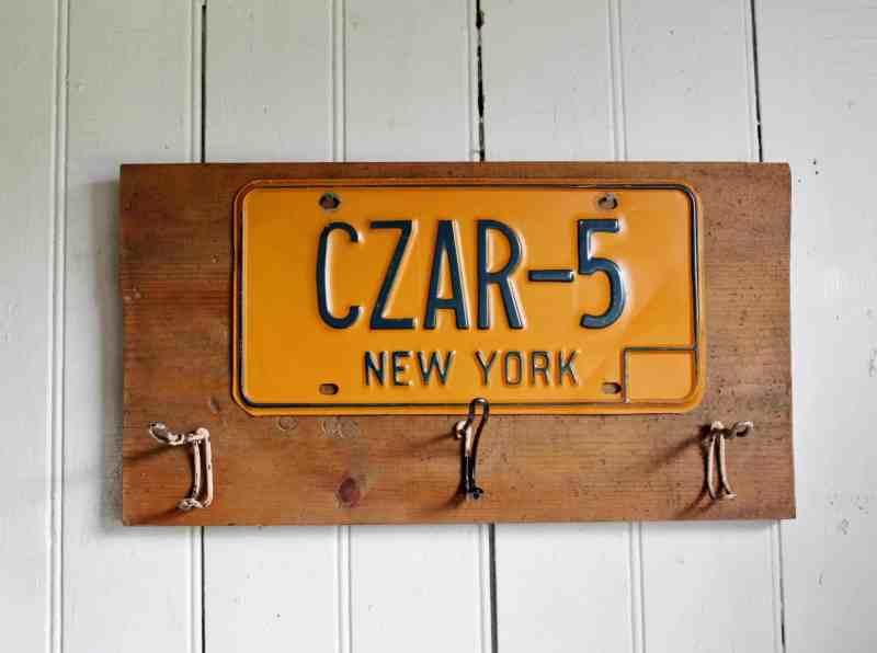 vintage nys license plate rack