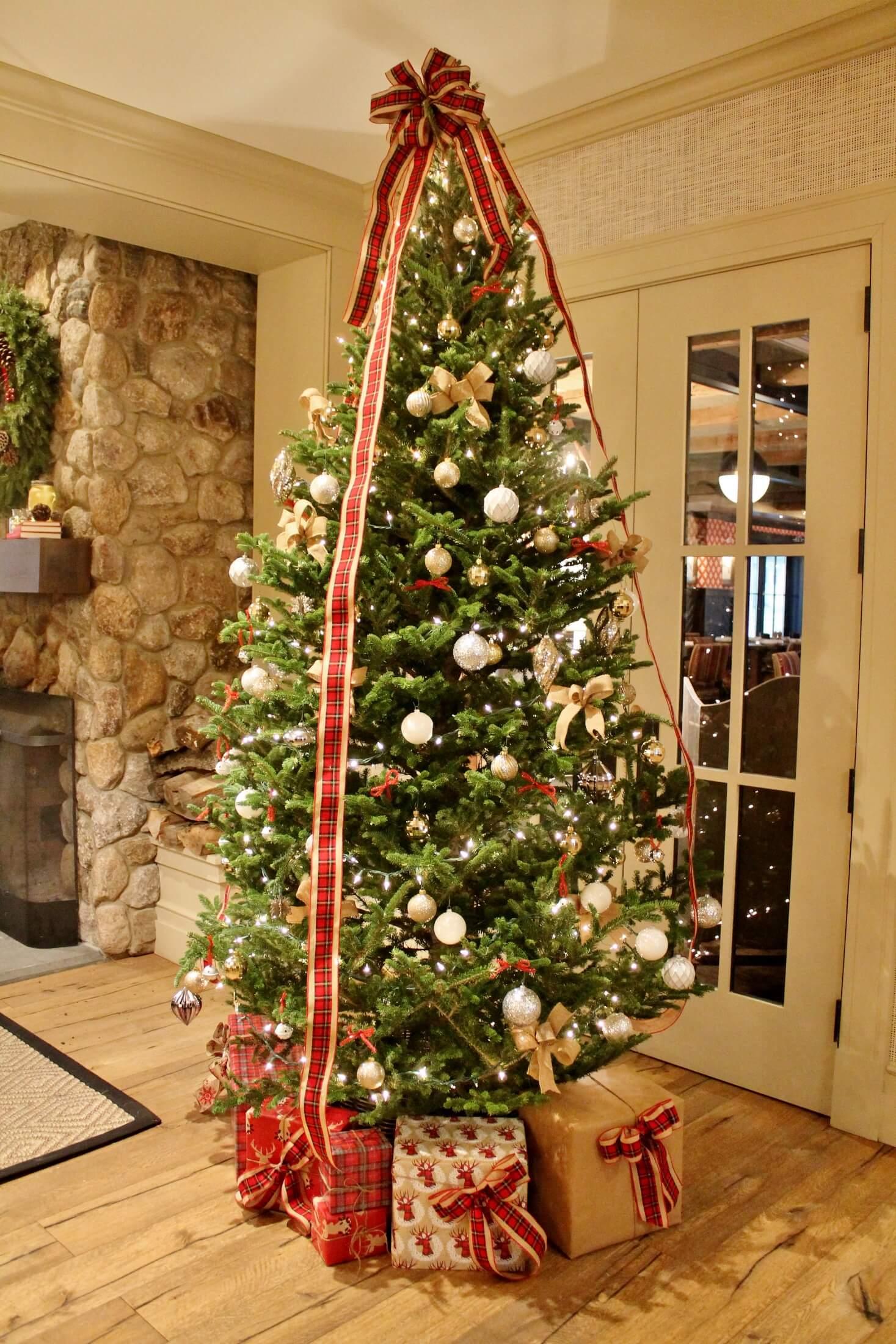 christmas tree Taconic Hotel