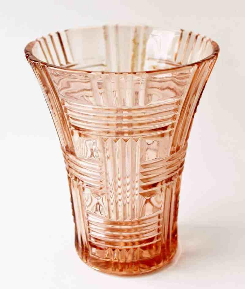 pink glass vase