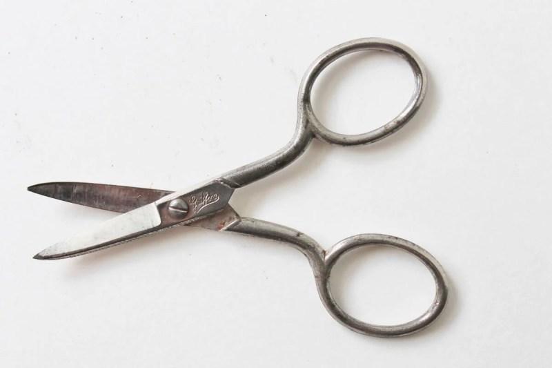 vintage griffon scissors