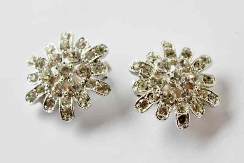 vintage sarah coventry rhinestone earrings