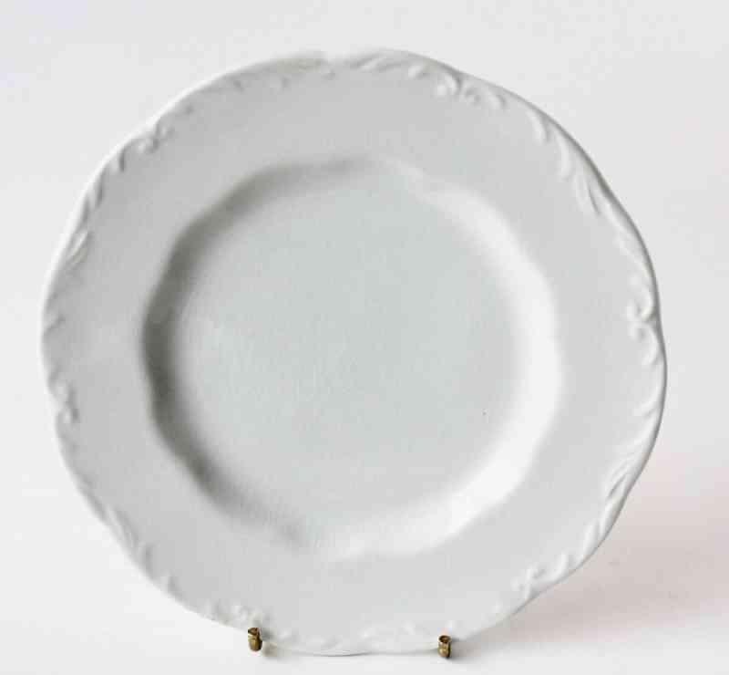 Vintage J & G Meaken Colonial ironstone plate (2)