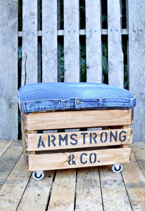 Upcyled DIY Ottoman Using Jeans and Wooden Crate