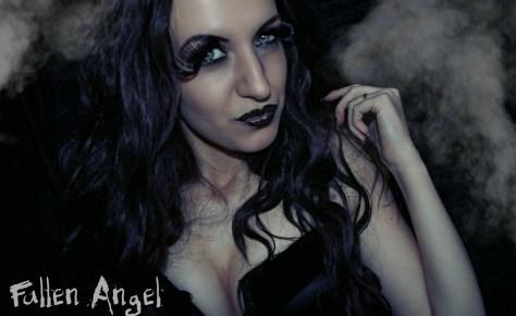 Dark Halloween Makeup