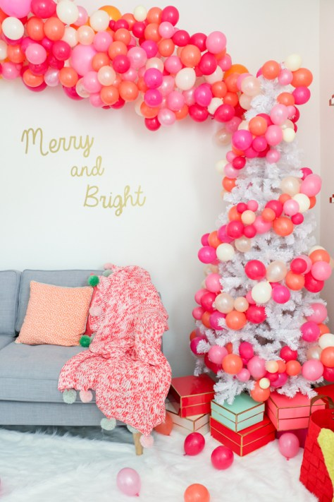 Balloon Arch Christmas Tree