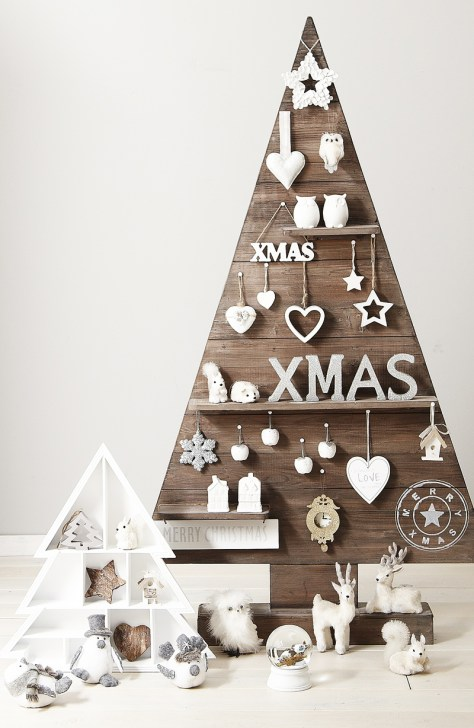 Pallets Tree With White Ornaments