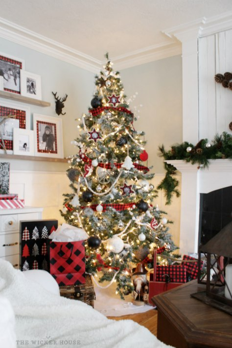 Rustic Cottage Christmas Tree