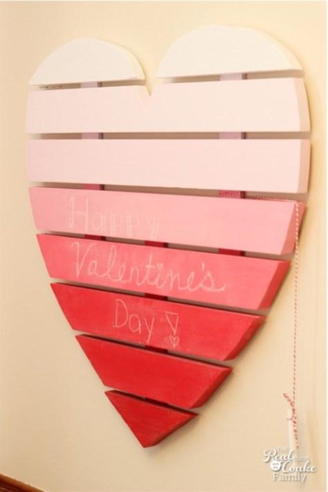 Heart Pallet Chalkboard