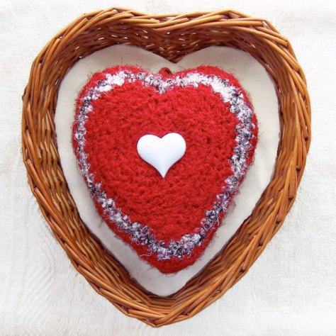 Queen of Hearts - Heart Shaped Silk Tapestry Plush