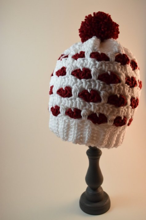 White and red heart slouchy beanie hat