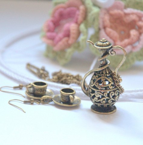Alice in Wonderland tea party jewelry