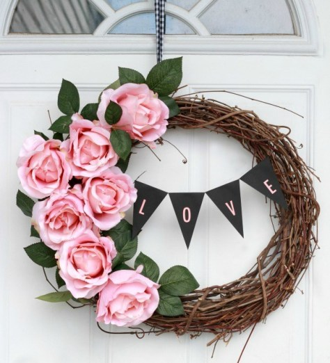 Wreath With Mini Banner