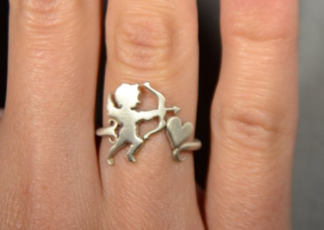 Angel Cupid with bow and arrow ring