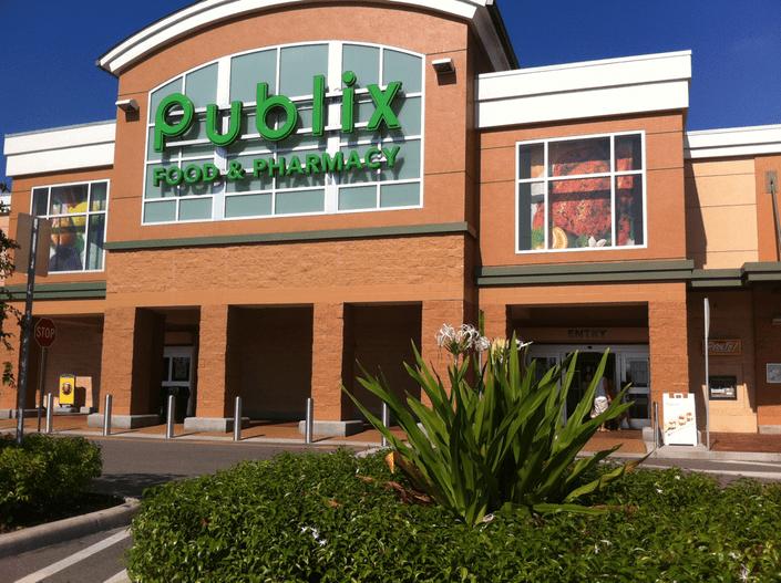 Publix Supermarket exterior view.
