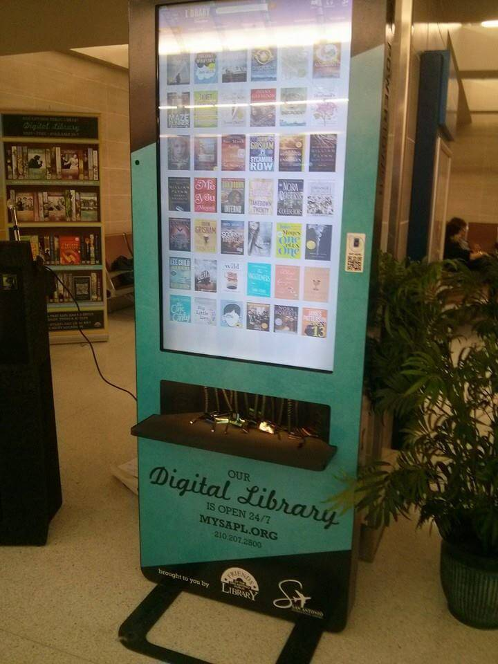 Digital-Library-Kiosk-at-the-Airport-3