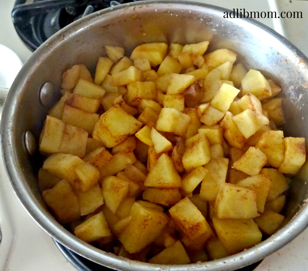 Sugar free apple sauce made with apple cider