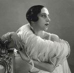 Portrait-of-Elsa-Schiaparelli-1932