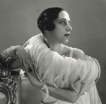 Portrait-of-Elsa-Schiaparelli-1932