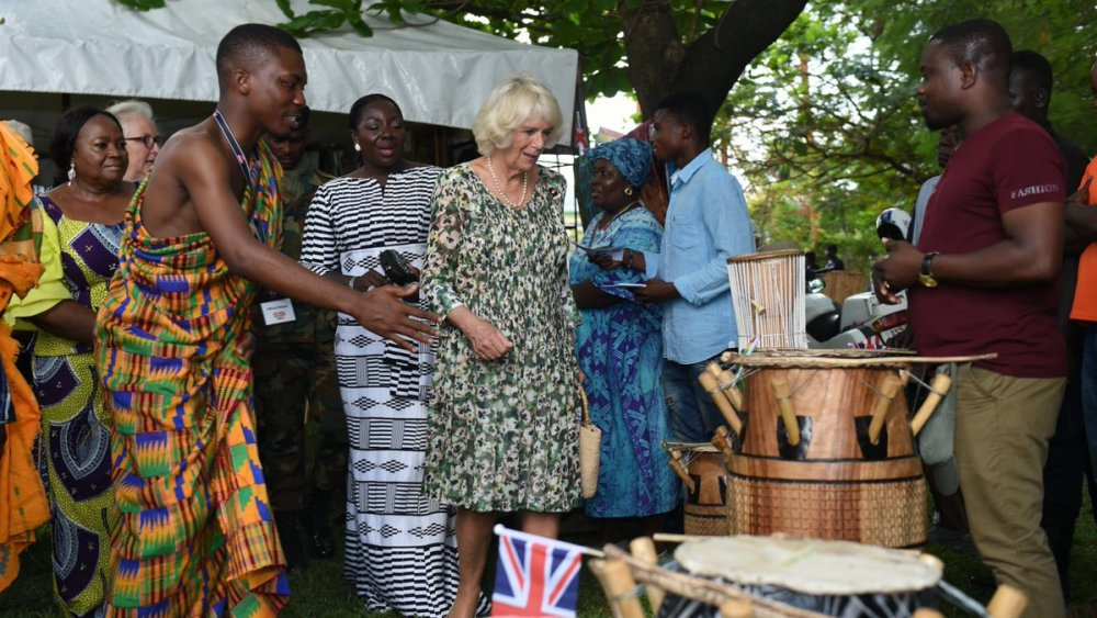 The Duchess visited the National Cultural Centre accompanied by Lady Julia.