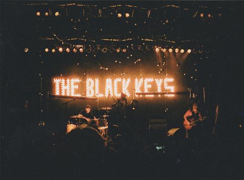 band-film-film-grain-indie-the-black-keys-Favim.com-350015