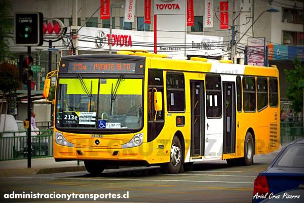 Nuevos buses biportales Transantiago en recorrido 213e