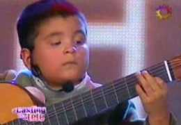 "11 Years Old Playing ""La Cumparsita"""