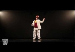 Unreal Japanese Dance … How Does He Do It?