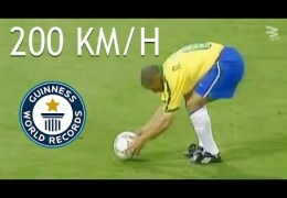 20 Famous Free Kicks ● Impossible To Forget