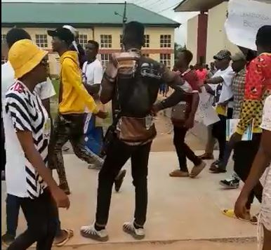 NDU Students Protest against Closure of School Fees Portal and Uniform Identification