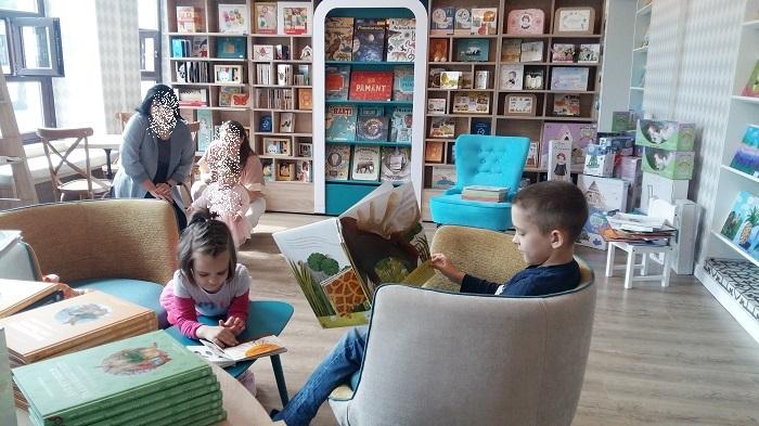 librarie pentru copii