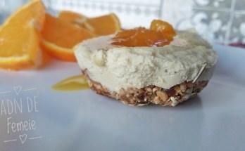 Mini cheesecake vegan cu portocale