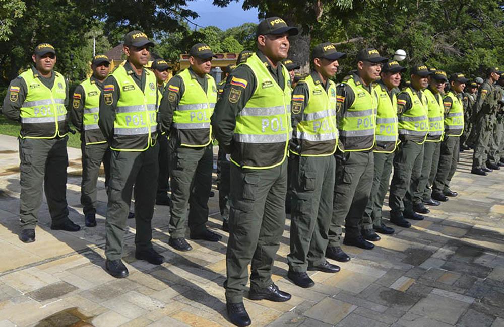 Sigue polémica por actuación de la policía en Colombia