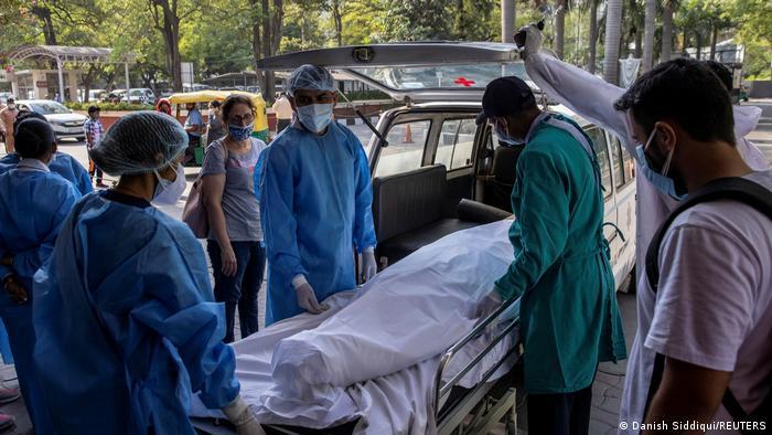 Nuevo récord de muertes diarias por Covid en Colombia