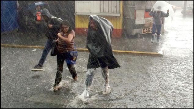 Tome sus precauciones se prevé sábado lluvioso en Oaxaca (08:25 h)