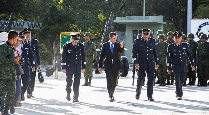 Prioridad de Murat generar gobernabilidad, celebra llegada del nuevo comandante de la VIII Región Militar (19:18 h)