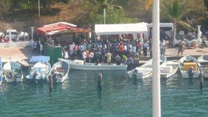 pescadores huatulco