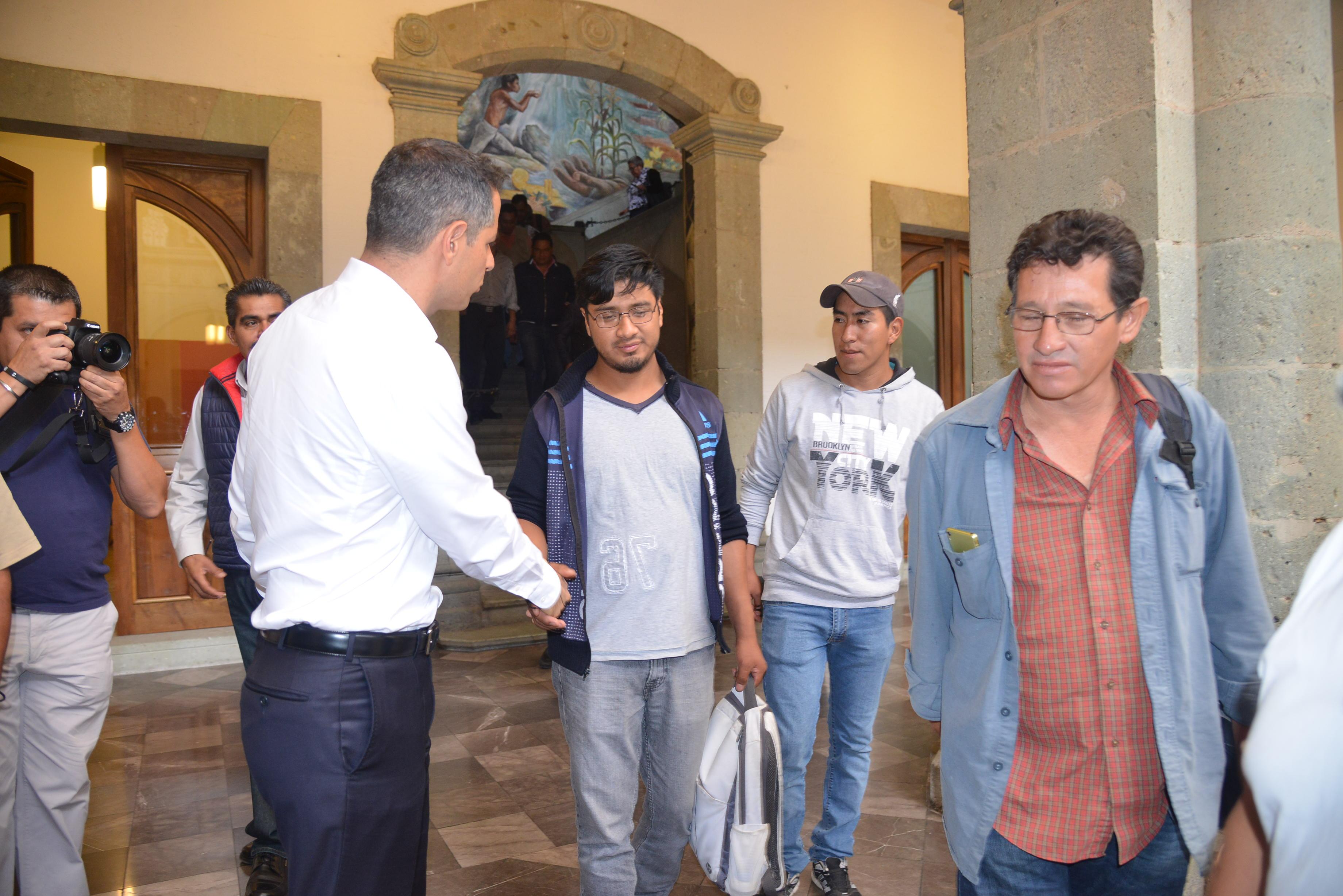 Anuncia Murat medidas para reconstruir el tejido social en Nochixtlán