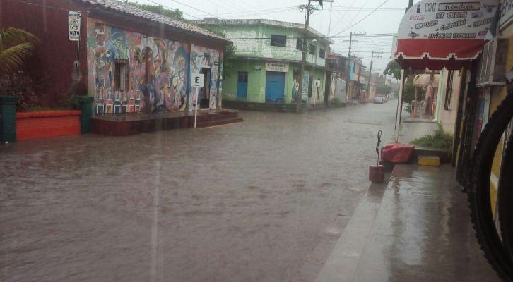 Continuarán las lluvias para Oaxaca prevé el SMN (22:30 h)