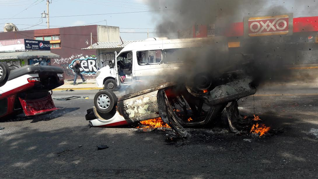 Riña de transportistas deja un muerto y dos heridos en Oaxaca