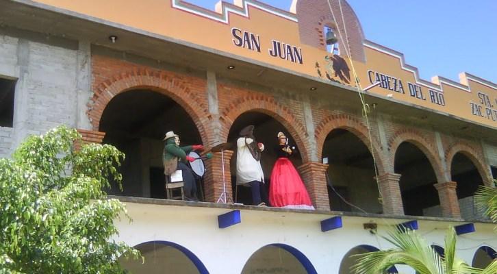 Asesinan a dos hombres en Santa María Zacatepec (09:10 h)