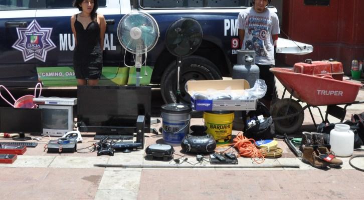 Detiene policía municipal de Santa Lucía del Camino a delincuentes de casas-habitación (21:30 h)