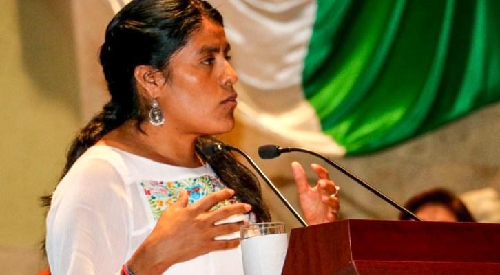 Por crisis financiera, es urgente apoyo para la UABJO: Eufrosina Cruz (21:00 h)