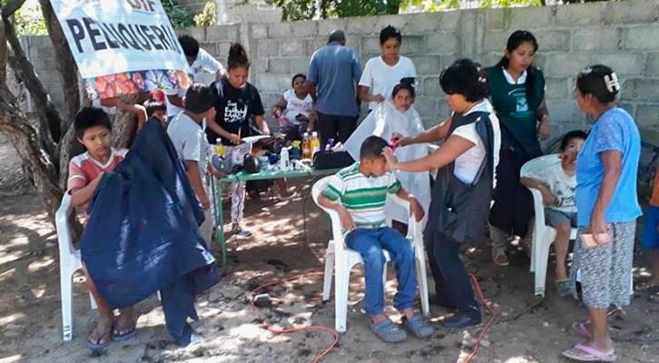 DIF Municipal brinda servicios asistenciales y de salud a colonias (20:00 h)