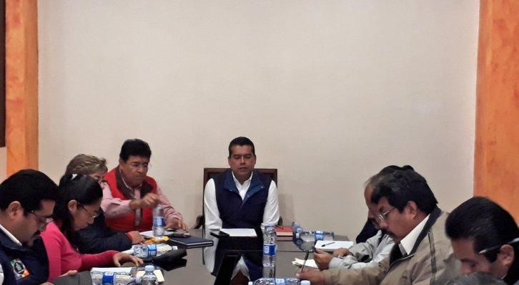 Avanzan trabajos en mesas de diálogo entre gobierno de Huajuapan, Ieepo, Segego y CNTE (19:15 h)