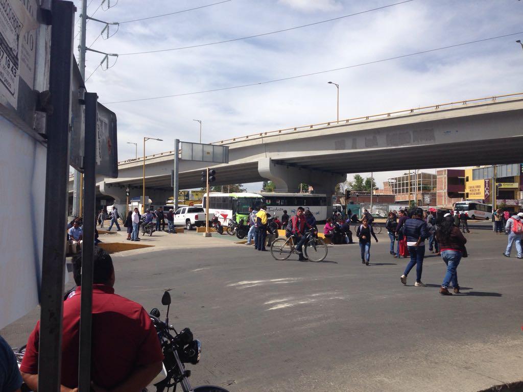 Más de 20 mil estudiantes afectados por huelga en la UABJO