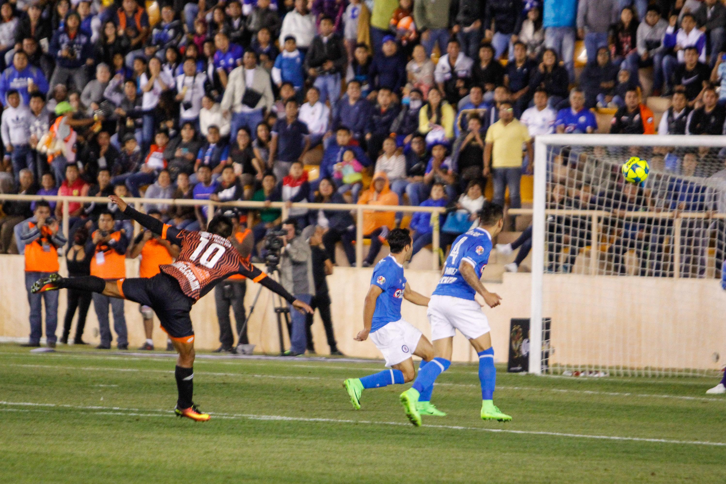 Cruz Azul, casi fuera de Copa MX